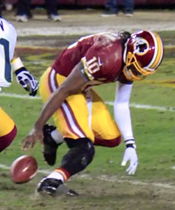 Robert_Griffin_III_Knee_Injury_Video_Photo_Redskins_Seahawks